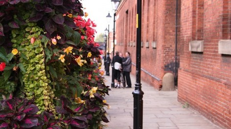 Liverpool Road, Castlefield, flowers and talking men, Susie Stubbs