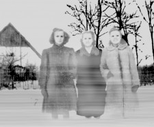 "122007: ""Drei Frauen"" (Three Women), 2008, Inkjet, 227 x 150 cm"