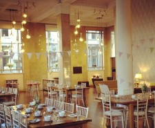 ohmeohmy liverpool cafe interior