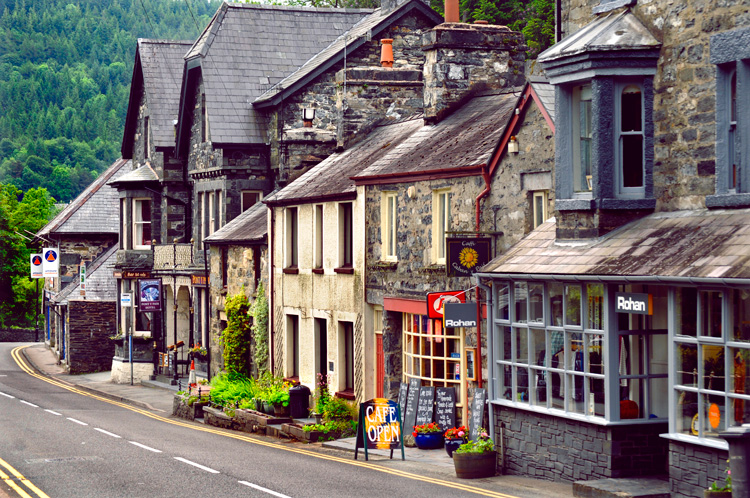 Food Shops In Betws Y Coed