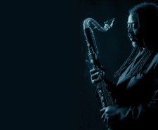 Black and blue photo of Courtney Pine