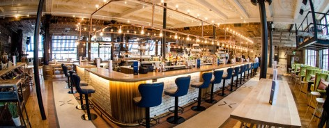 The bar inside Albert's Schloss