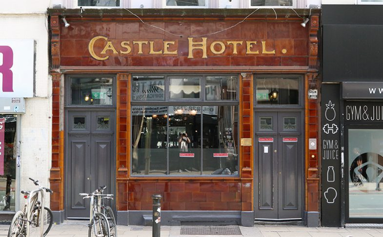 Castle Hotel pub in Manchester