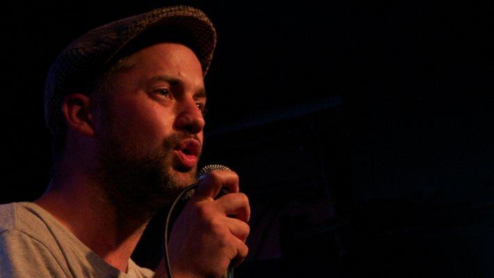 Poet and Pen:Chant host Ben Mellor.
