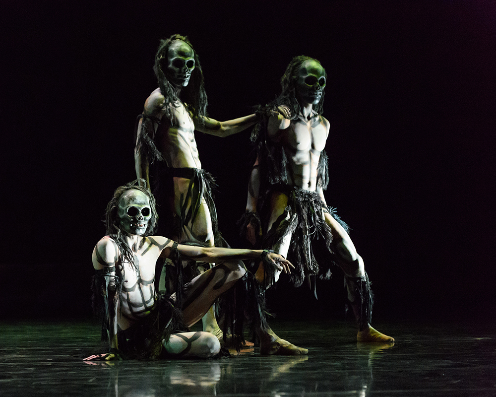 ghost dances Ghost dances is a one-act dance work in which three skeletal ghost dancers await a group of dead who will re-enact moments from their lives before passing on i made this ballet for the innocent people of south america, who from the time of the.