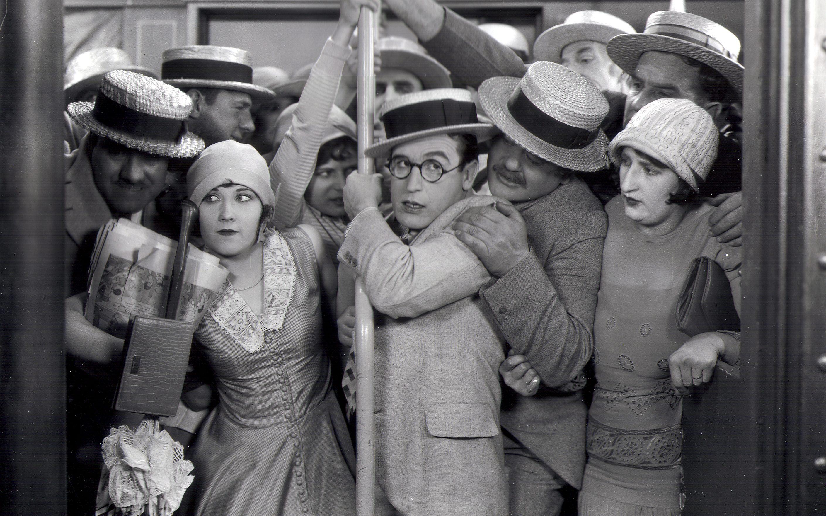 Harold Lloyd in SPEEDY (1928). Courtesy Harold Lloyd Entertainment.