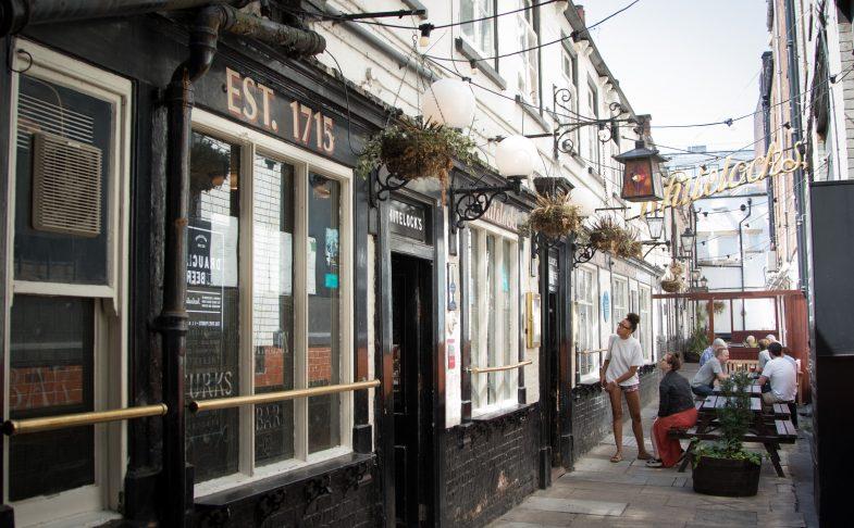 Whitelock's Ale House Leeds