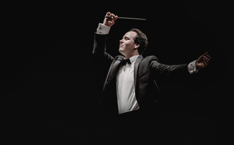 Hallé Beethoven - Symphony No. 5