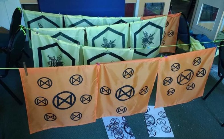 Festive Craftivism with Extinction Rebellion at Manchester Craft and Design Centre
