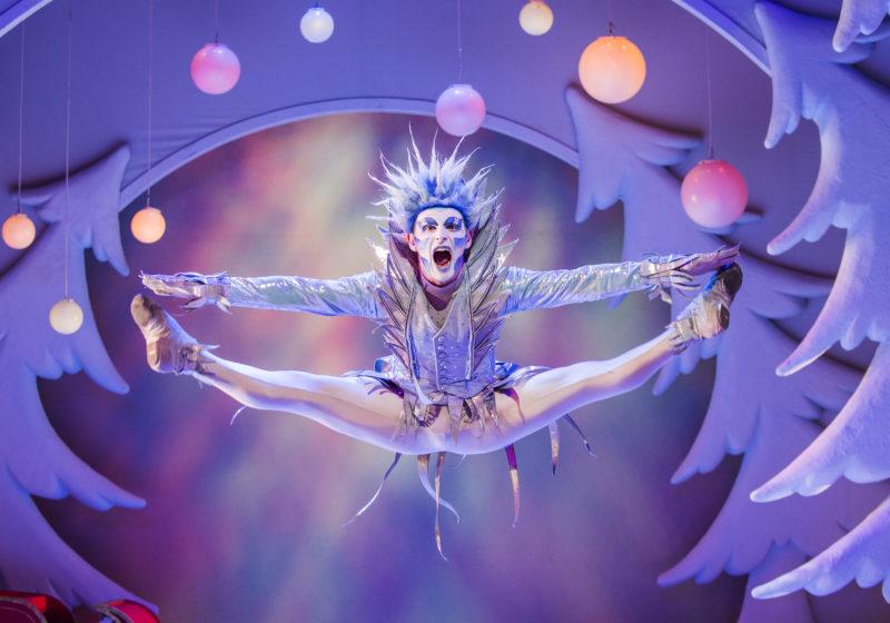 The Snowman at Manchester Opera House ©Tristram Kenton