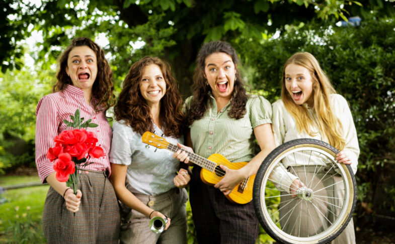The Handlebards: Romeo and Juliet at the Lawrence Batley Theatre