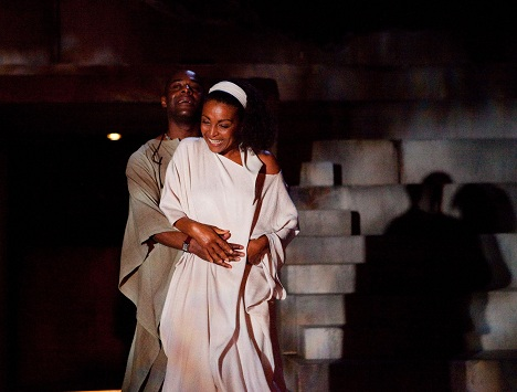 Theatre in Manchester: Paterson Joseph and Adjoa Andoh in Julius Caesar